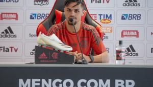 Michael durante entrevista coletiva no Flamengo