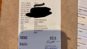 Cliente deixa gorjeta de US$ 10 mil em restaurante nos EUA
