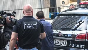 Policiais civis prendem suspeito de praticar crimes de violência contra mulheres durante a Operação Resguardo
