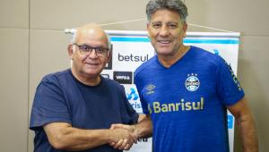 Renato Gaúcho ao lado de Romildo Bolzán