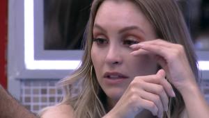 'BBB 21': Festa teve selinho quádruplo, choro e desabafo de Carla Diaz com João
