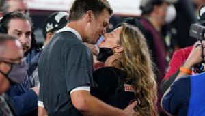 Tom Brady revela que Gisele Bündchen o incentivou a se aposentar após o Super Bowl