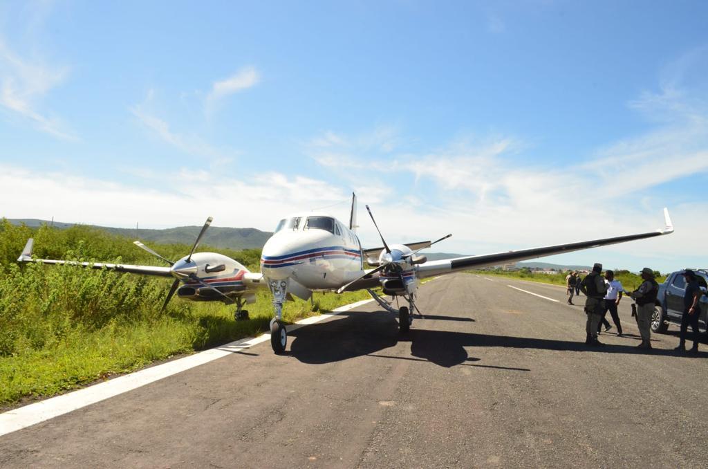 Acidente de avião que transportava vacinas na Bahia