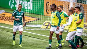 Wesley comemora gol em Palmeiras x Grêmio pela final da Copa do Brasil
