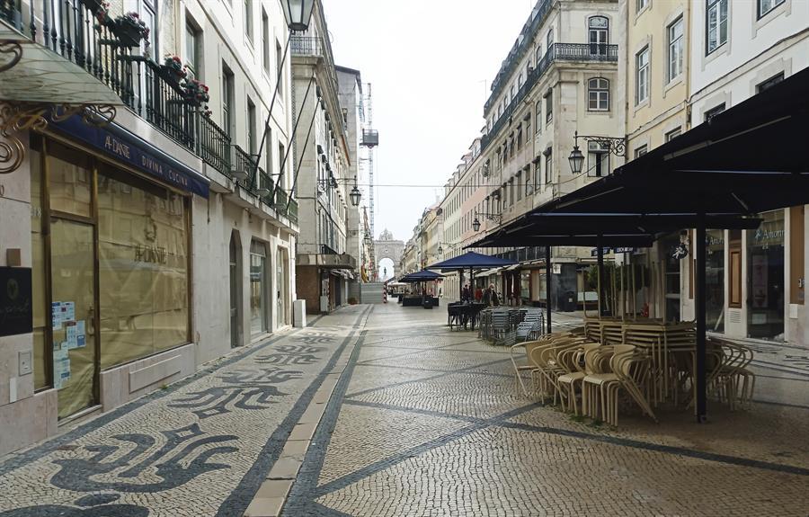 Ruas vazias em Lisboa, Portugal