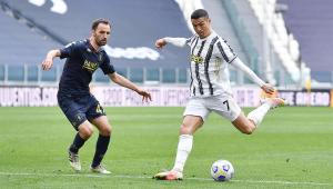 Cristiano Ronaldo em ação com a camisa da Juventus