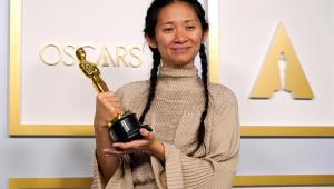 Chloé Zhao é a primeira pessoa chinesa a conquistar o Oscar de melhor direção
