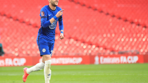 Hakim Ziyech, do Chelsea, celebra gol sobre o Manchester City