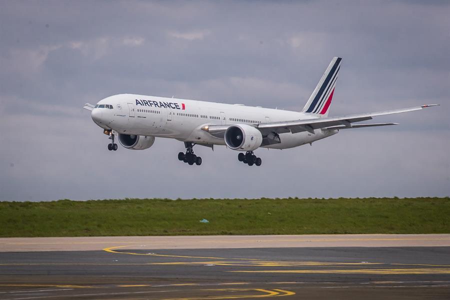 França suspende todos os voos ao Brasil devido à variante de Manaus – Jovem Pan