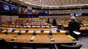 Parlamento Europeu aprova projeto de passaporte de Covid-19