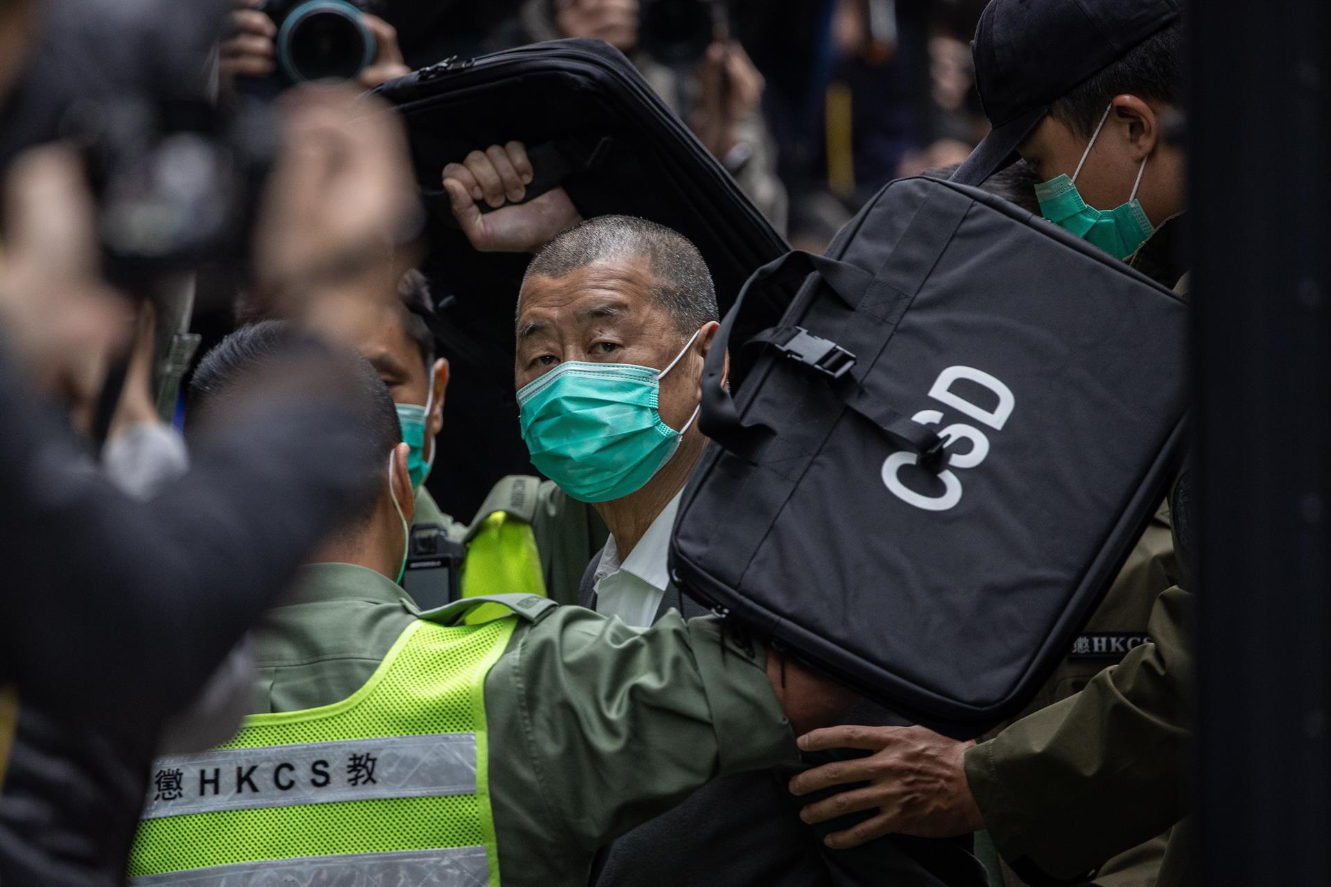 Jimmy Lai é condenado a 14 meses de prisão por envolvimento nas manifestações pró-democracia de Hong Kong em 2019