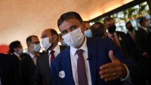 O governador do Piauí, Wellington Dias, durante visita do Fórum dos Governadores à União Química