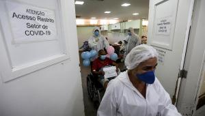 paciente deixando UTI de covid