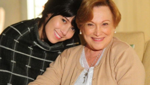 Marjorie Estiano e Nicette Bruno nos bastidores de novela