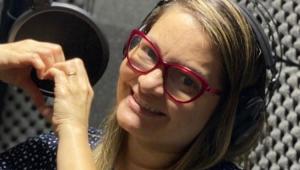 Morre Ana Lucia Menezes, dubladora de 'Peppa Pig' e 'Todo Mundo Odeia o Chris', aos 45 anos