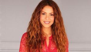 Shakira sorrindo