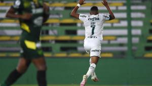 rony comemora gol do Palmeiras