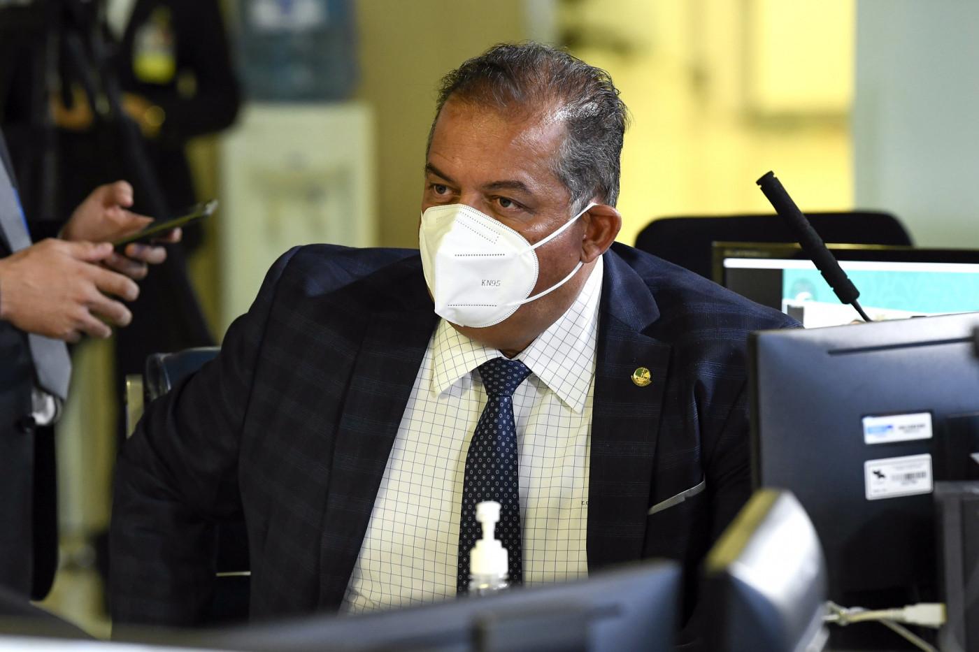 Líder do governo no Congresso, senador Eduardo Gomes (MDB-TO) em pronunciamento.