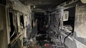 destroços de um hospital no iraque onde ocorreu uma explosão de cilindros de oxigênio