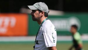 O técnico Abel Ferreira durante o treino do Palmeiras