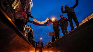 Russos participam de uma manifestação da oposição em Moscou