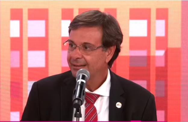 Ministro do Turismo concede entrevista ao Pânico