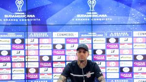 Luan durante entrevista coletiva antes de Corinthians x Peñarol