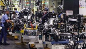Agravamento no número de infecções e mortes refletiu em baixa no setor industrial