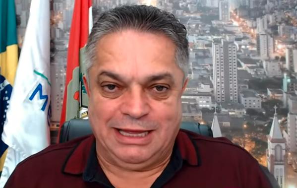 Prefeito de Chapecó concede entrevista ao Pânico