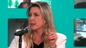 Thaméa Danelon concede entrevista ao Pânico