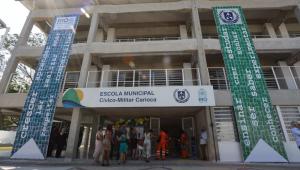 Fachada de escola civico-militar no Rio de Janeiro