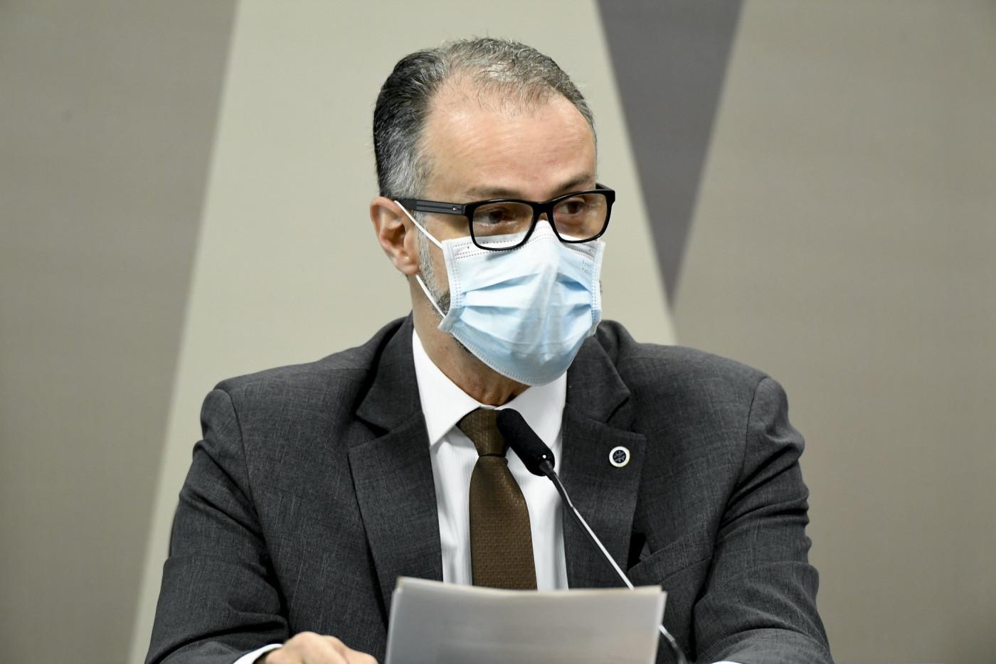 Diretor da Anvisa em sessão da CPI da Covid-19