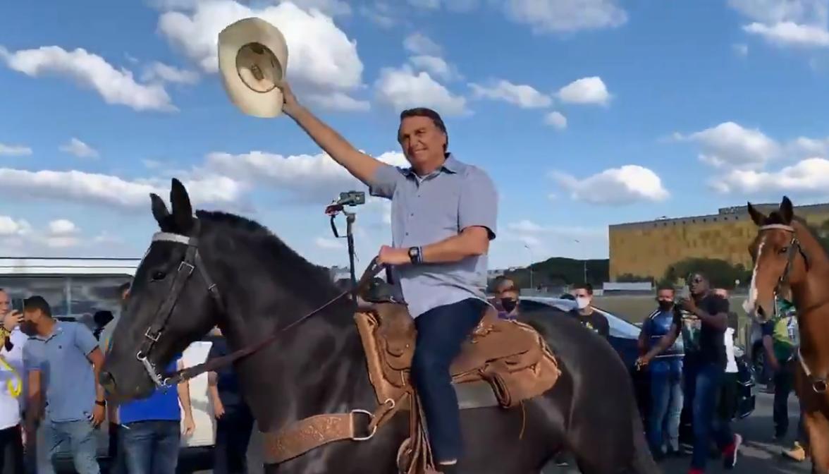 Jair Bolsonaro em protesto