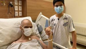 Bruno Covas e filho em hospital
