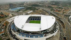 Imagem aérea do estádio do Dragão, na Cidade do Porto, em Portugal