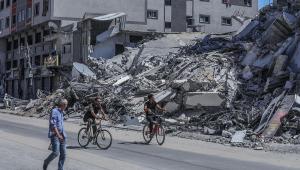 Prédios destruídos por mísseis