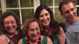 Nicette Bruno com os filhos Bárbara Bruno, Beth Goulart e Paulo Goulart Filho
