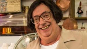 Marcos Oliveira vestido como o personagem Beiçola