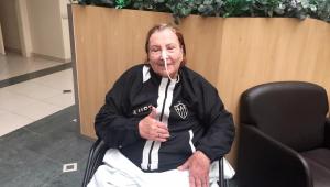 Dona Nilde, mãe de Cuca, se recuperou da Covid-19