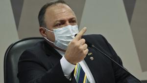 O ex-ministro da Saúde, general Eduardo Pazuello, durante depoimento na CPI da Covid-19