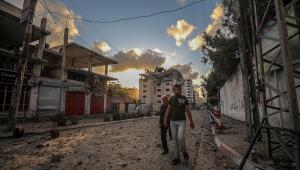 Escombros na Faixa de Gaza após conflito entre Israel e Hamas, que deixou 240 mortos