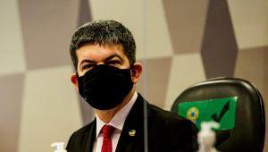 O senador Randolfe Rodrigues durante depoimentos na CPI da Covid-19