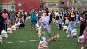 doação de alimentos do São Paulo para famílias no Paraisópolis