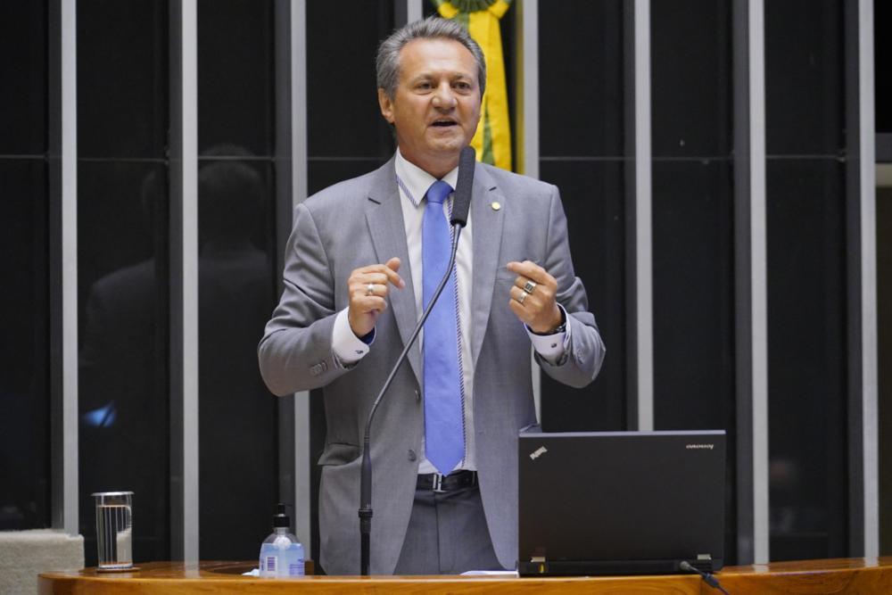 O deputado federal Giovani Cherini durante pronunciamento na Câmara dos Deputados