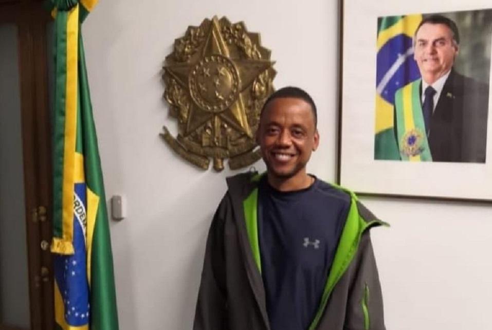 Robson na embaixada do Brasil na Rússia