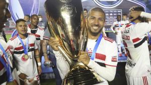 Joao Rojas renovou contrato com o São Paulo até o fim de 2021
