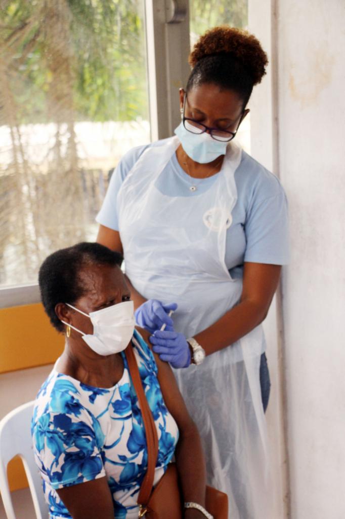 País mais vacinado do mundo, Seychelles registra alta no número de casos de Covid-19 – Jovem Pan
