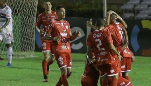 Vexame? Flavio Prado detona reservas do São Paulo após derrota para o 4 de Julho