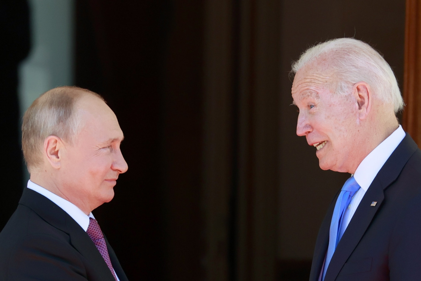 O presidente dos Estados Unidos, Joe Biden, se reúne com Vladimir Putin