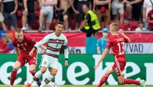 Cristiano Ronaldo marcou duas vezes na vitória de Portugal contra a Hungria na Eurocopa